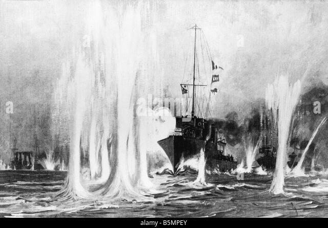 9 1914 8 28 A1 E Naval battle August 1914 wood eng World War 1 War at sea Naval battle at Helgoland 28 8 1914 Battle - Stock-Bilder