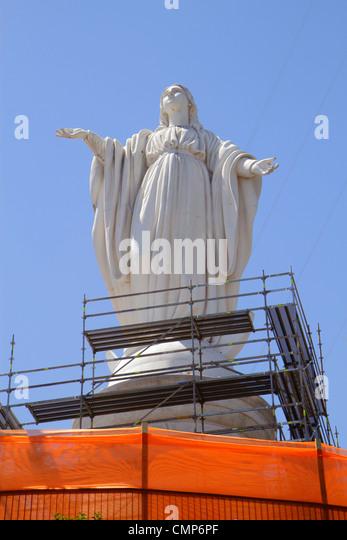 Chile Santiago Cerro San Cristobal Terraza Bellavista Immaculate Conception Sanctuary Blessed Virgin Mary statue - Stock Image
