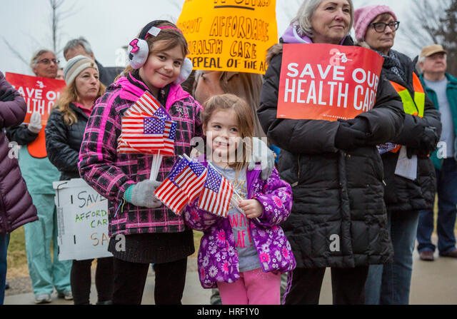 Birmingham, Michigan - People rally to save affordable health care. They were protesting Republicans' plan to - Stock Image