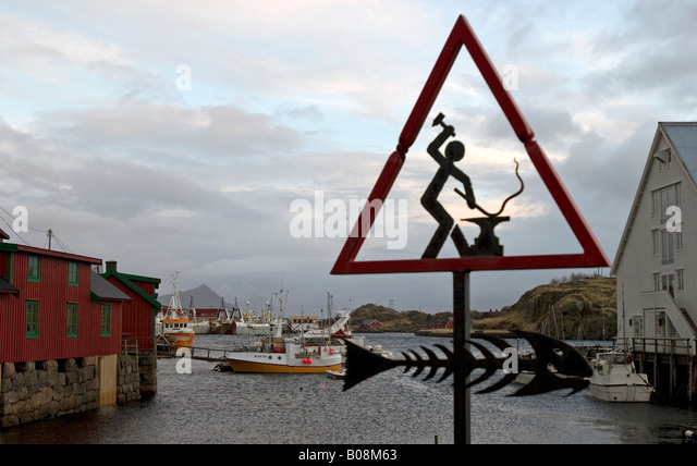 Rorbuer and Harbour in Stamsund, Lofoten - Stock Image