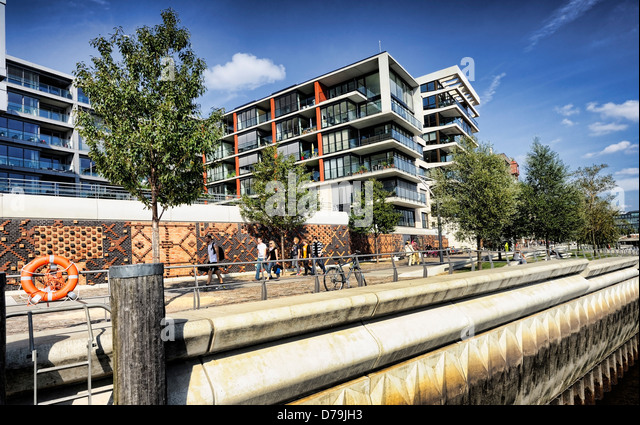 Modern architecture in the imperial quay in the harbour city of Hamburg, Germany, Europe , Moderne Architektur am - Stock-Bilder