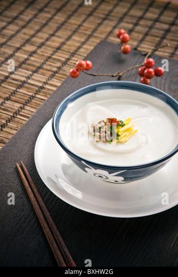 Tteokgok(Korean rice cake soup) - Stock-Bilder
