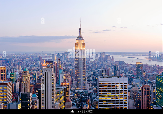 Aerial view of the Manhattan Skyline with the Empire State Building, New York City. - Stock-Bilder