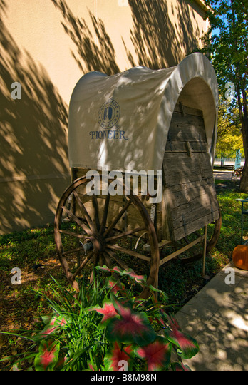 covered wagon Guenther House San Antonio Texas tx River Mill Store attraction landmark - Stock Image