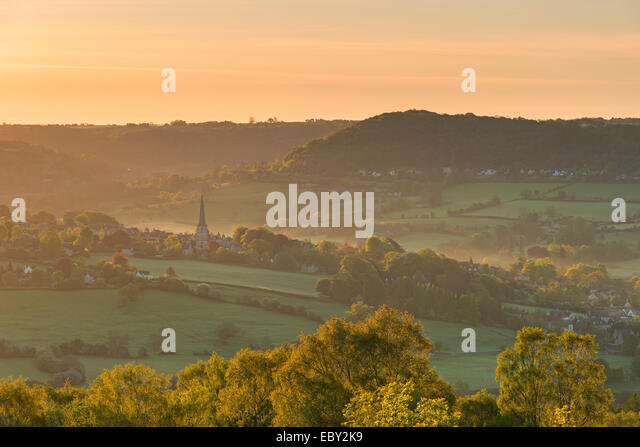 Picturesque Cotswolds village of Painswick at dawn, Gloucestershire, England. - Stock-Bilder