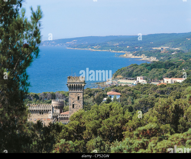Tuscany - Quarcianella (Li). View the Sonnino Castle. - Stock Image
