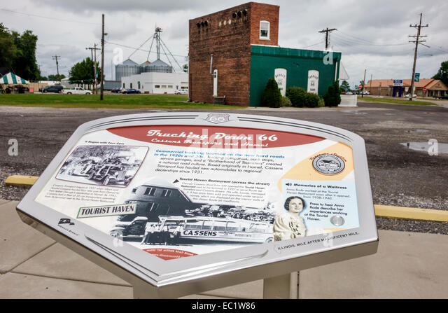 Illinois Hamel Historic Route 66 marker information roadside - Stock Image