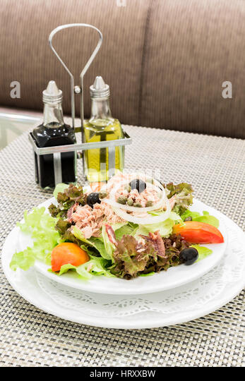 Tuna salad with fresh vegetable, mediterranean cuisine - Stock Image