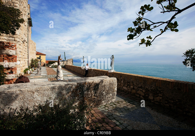 France, Alpes Maritimes, Antibes, Chateau Grimaldi, Musee Picasso - Stock Image