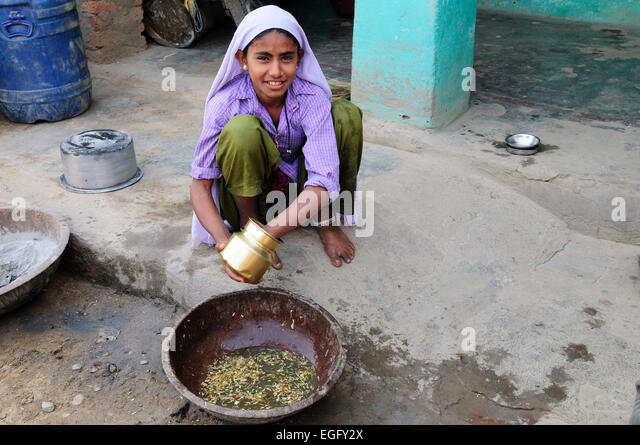 Woman Cooking Pot Cleaning Stock Photos & Woman Cooking ...