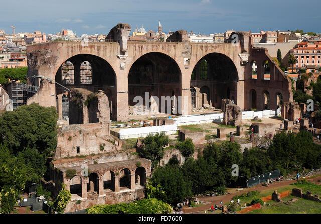 Basilica di Massenzio e Costantino in Rome, Italy - Stock Image