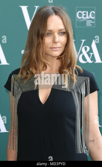 London, UK. 18th Apr, 2018. Stella McCartney, Fashioned from Nature - VIP Preview, Victoria and Albert Museum, London UK, 18 April 2018, Photo by Richard Goldschmidt Credit: Rich Gold/Alamy Live News - Stock Image