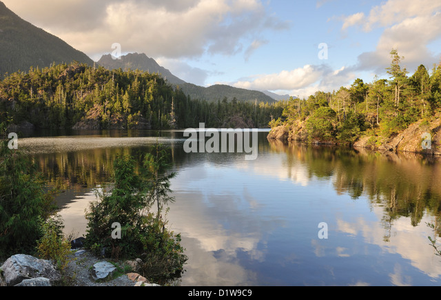 Kennedy Lake, Vancouver Island, British Columbia, Canada - Stock Image