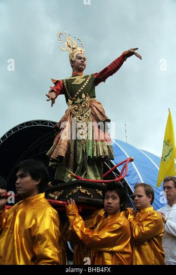 Lotus (13) - Monks