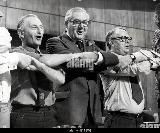 British prime minister James Callaghan attends conference FRANK ALLAUN and RON HAYWARD singing - Stock Image