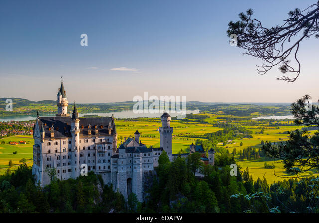 Germany, Bavaria, Swabia, Allgaeu, East Allgaeu, Schwangau, Hohenschangau, Neuschwanstein Castle - Stock Image