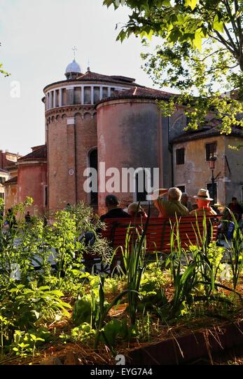 community garden europe stock photos community garden europe stock images alamy. Black Bedroom Furniture Sets. Home Design Ideas