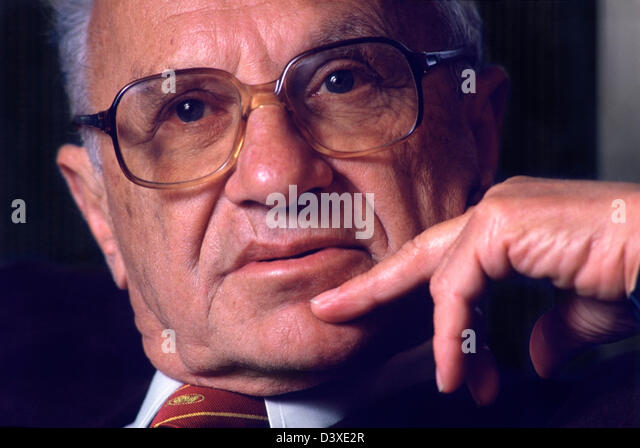 Milton Friedman (1912-2006) the 1976 American Nobel Laureate for Economic Sciences.  Photographed in San Francisco, - Stock Image