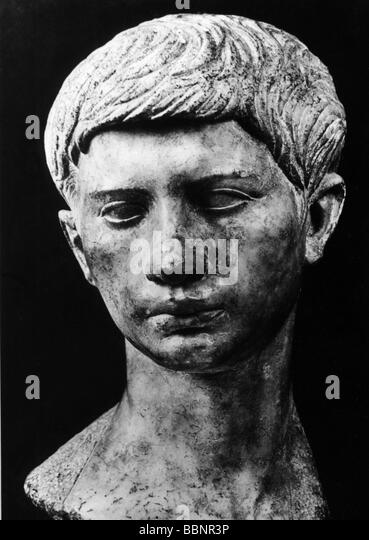 the conspiracy of marcus brutus in the murder of julius caesar Gaius cassius longinus, (died 42 bc, near philippi, macedonia [now in greece]), prime mover in the conspiracy to assassinate julius caesar in 44 bc little is known of his early life as a quaestor in 53 bc, cassius served under marcus licinius crassus and saved the remnants of the roman army.