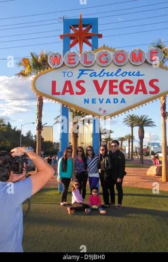 Nevada Las Vegas South Las Vegas Boulevard The Strip Welcome to Fabulous Las Vegas sign landmark historic posing - Stock Image