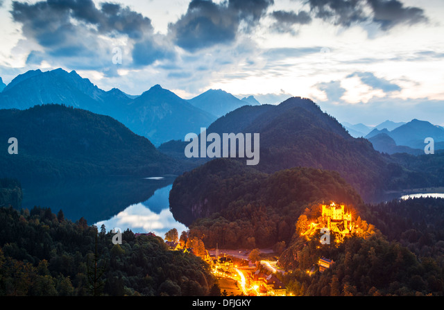 Hohenschwangau Castle in the Bavarian Alps of Germany. - Stock-Bilder
