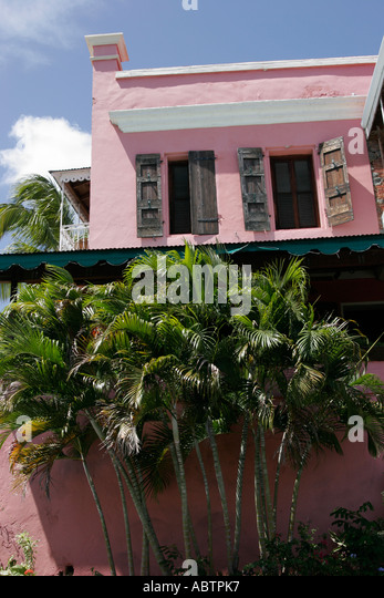 St. Thomas USVI Charlotte Amalie Hotel 1829 palm trees architecture - Stock Image