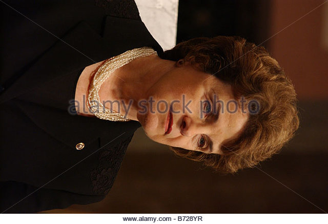 6 19 03 UNACCOMPANIED ALIEN CHILD PROTECTION ACT OF 2003 Sen Dianne Feinstein D Calif during a news conference on - Stock Image
