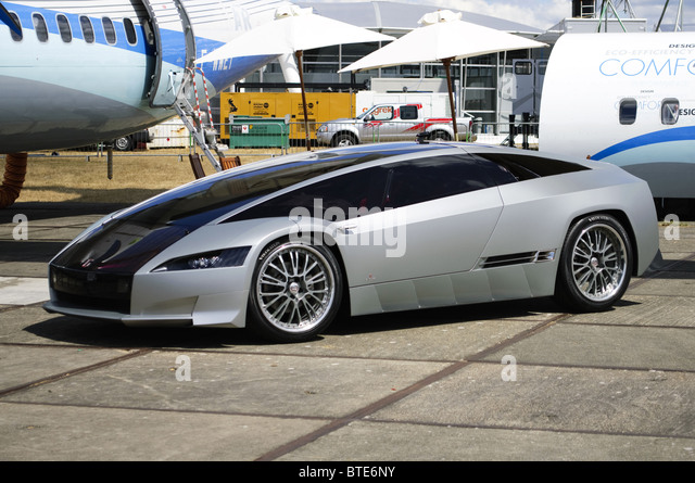 Italdesign Qaranta hybrid-powered concept car, designed by Fabrizio Giugiaro, on display at Farnborough Airshow - Stock Image