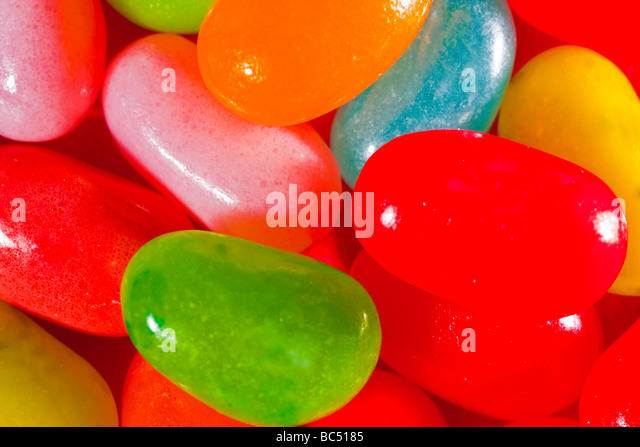 Multi colored jelly beans captured in 16 bit and provided in Adobe1998 color space to hold difficult color tones - Stock-Bilder