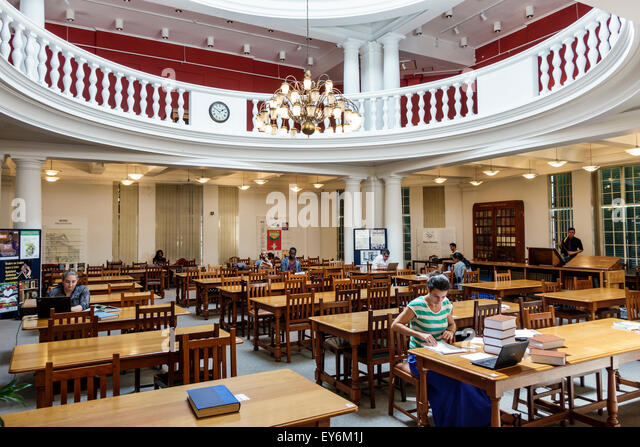 South Africa African Cape Town City Centre center Government Avenue The Company's Garden National Library Of - Stock Image