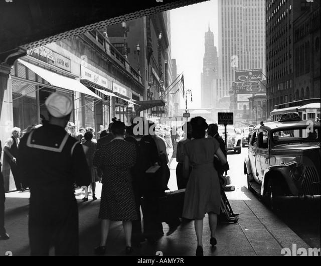 1940s woman walking stock photos 1940s woman walking for 42nd street salon