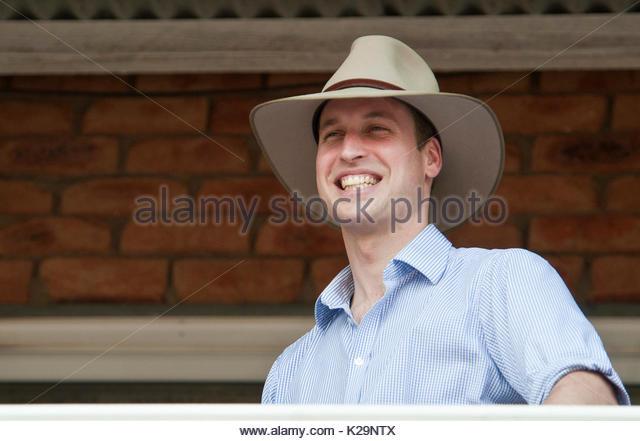 Sunny toowoomba brisbane australia my yellow tshirt 9