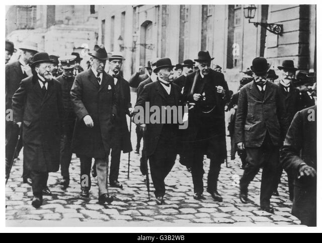 Notables at the talks: (l-r) Woodrow Wilson, Georges  Clemenceau, Arthur Balfour and  Baron Sonnino (Italian Foreign - Stock Image