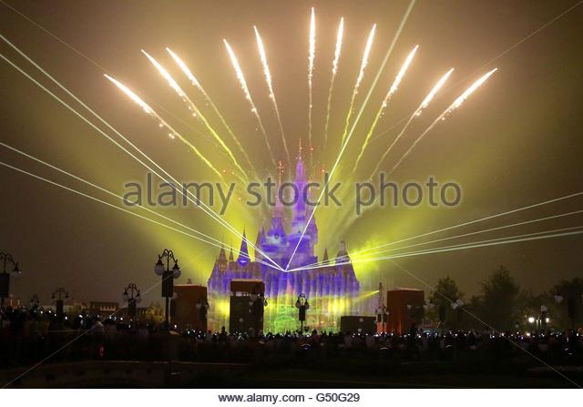 epaselect epa05369626 Fireworks are set off over the Shanghai Disney Resort during the open day at Shanghai Disney - Stock Image