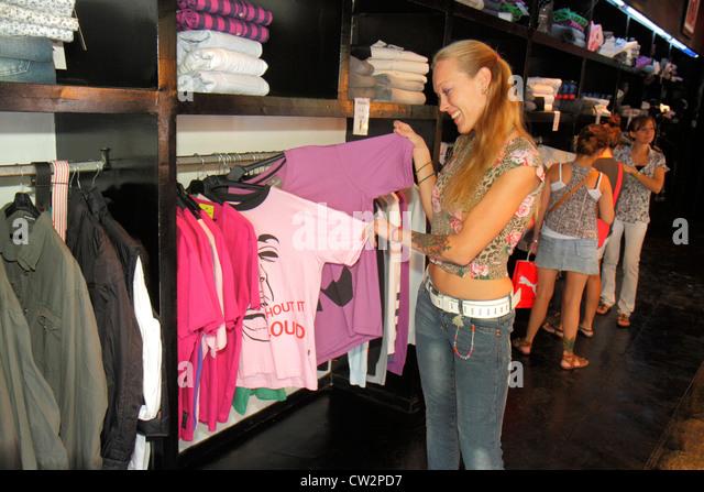 Argentina Mendoza Avenida San Martin shopping store business retail casual wear clothes apparel clothing fashion - Stock Image