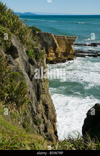Dolomite Point, Punakaiki, South Island, New Zealand - Stock Image