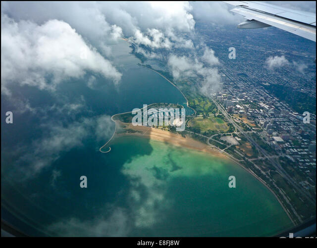 USA, Illinois, Chicago, Aerial view of city - Stock Image