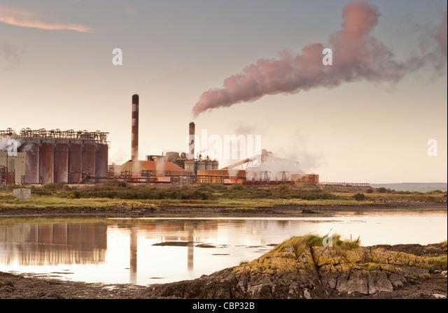 Ore refinery - Stock Image