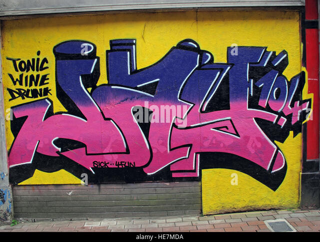 Tonic Wine Drunk, Graffiti art,Belfast Garfield St        City Centre, Northern Ireland, UK - Stock Image