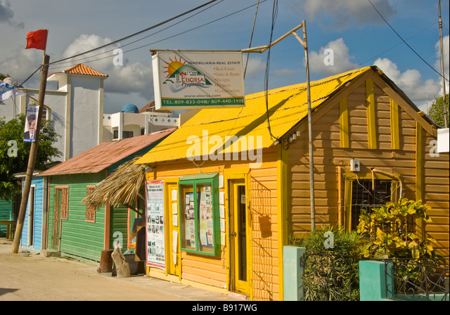 Real estate office for land at Bayahibe fishing village Dominican Republic popular gateway for boat day trips to - Stock Image