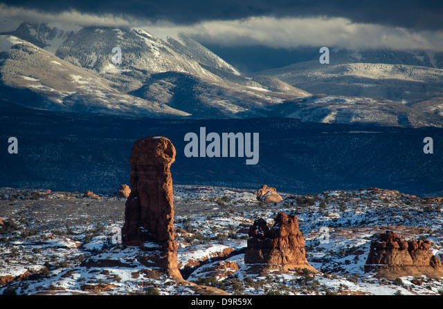 Windows section with La Sal Mountains beyond, Arches National Park, Utah, USA - Stock Image
