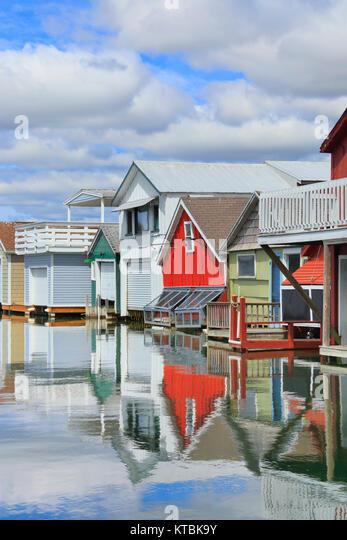 canandaigua-boathouses-canandaigua-lake-