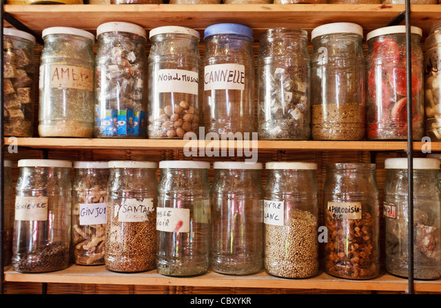 herbal market Providing a wide range of organic and natural foods, vitamins, supplements, herbs, coffee, housewares and gifts locally-owned and operated since 1965.