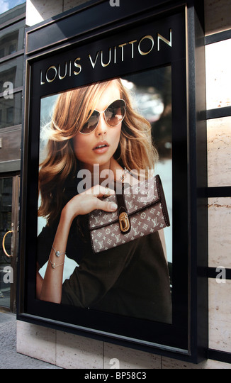 louis vuitton sign stock photos louis vuitton sign stock images alamy. Black Bedroom Furniture Sets. Home Design Ideas