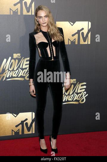 Burbank, California, USA. 9th April, 2016. Cara Delevingne at the 2016 MTV Movie Awards held at the Warner Bros. - Stock Image