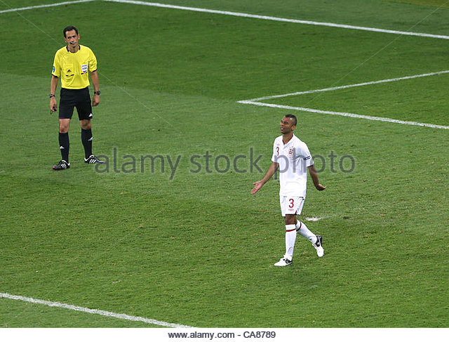 24/06/2012 Kiev. Euro 2012 Football. England v Italy. Dejection for Ashley Cole after his penalty miss. Photo: Mark - Stock-Bilder