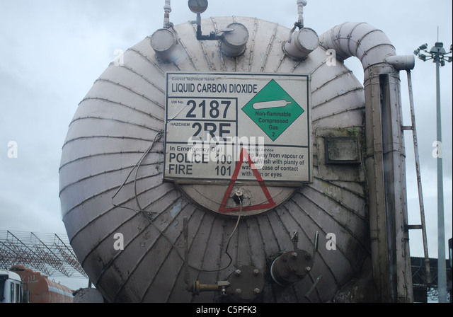 tanker carrying liquid carbon dioxide - Stock Image