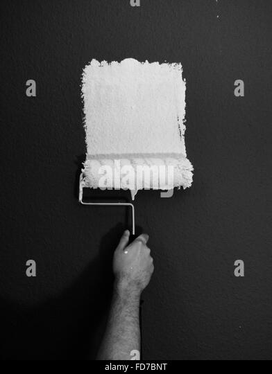 Cropped Hand Painting Wall - Stock-Bilder