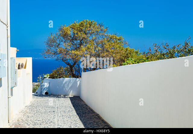 Sunny back yard in Santorini - Stock Image