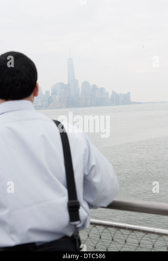 Rearview of businessman, Hoboken, New Jersey, USA - Stock-Bilder